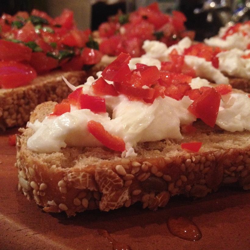 crostini with mozzarella and pepper