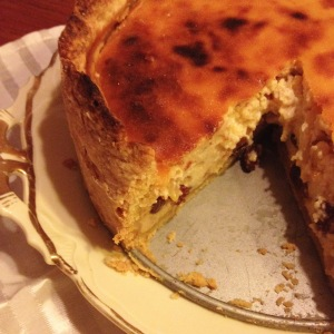 ricotta pie with raisins and pine nuts